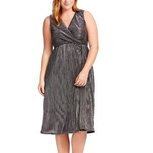 Kiyonna Spotlight Cinch Dress in Starry Night
